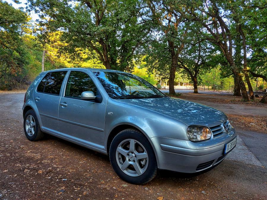 Volkswagen Golf, 2001г., 200000 км, 4399 лв.
